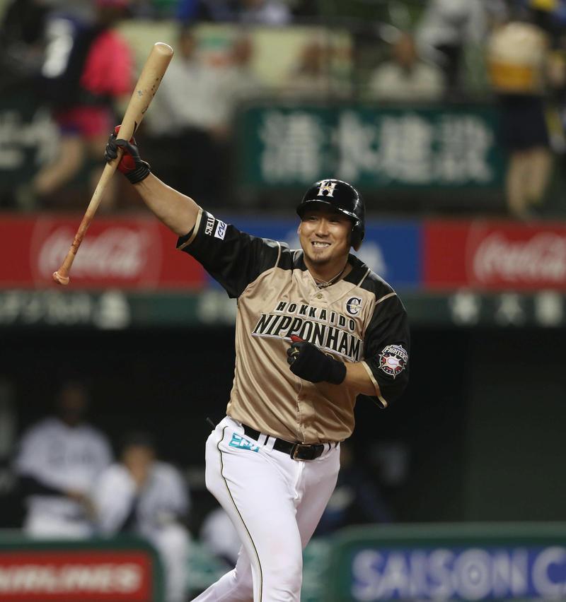 nikkansport.com @ mobile日本ハム中田「ファウルかなと」リプレー検証3ラン