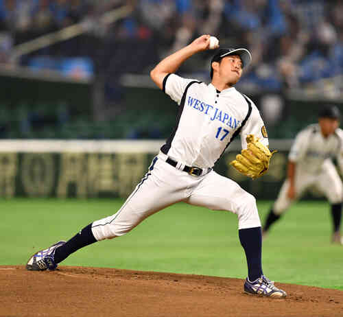 JR北海道クラブ対JR西日本 先発したJR西日本の加賀美(撮影・柴田隆二)