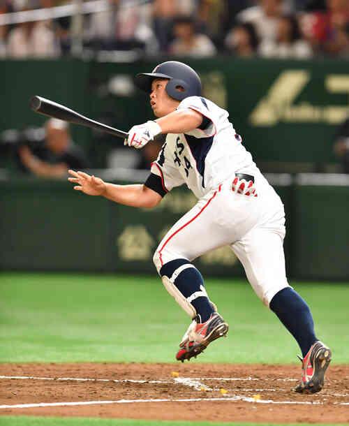 5回裏三菱日立パワーシステムズ1死、二橋は左越えに本塁打を放つ(撮影・柴田隆二)