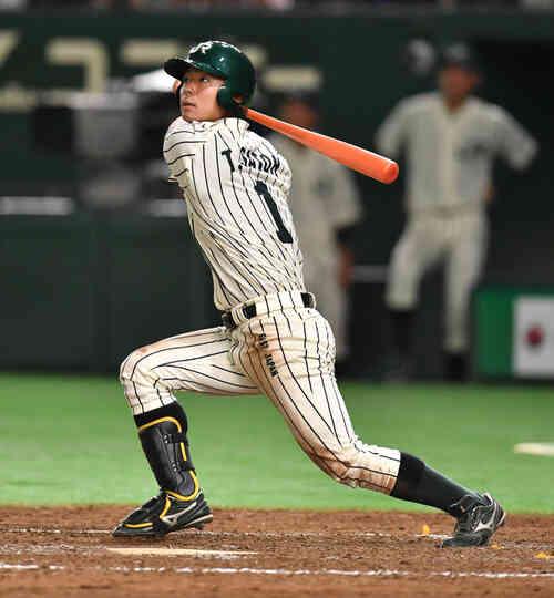 5回裏JR東日本1死満塁、佐藤拓は左犠飛を放つ(撮影・柴田隆二)
