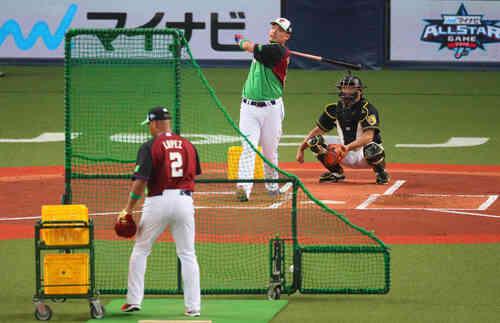 ホームラン競争で熊本での決勝に進出した筒香嘉智(撮影・宮崎幸一)