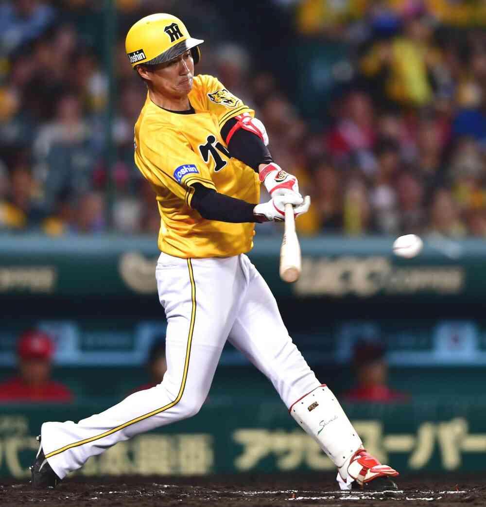 7回裏阪神1死二塁、中前適時打を放つ俊介(撮影・清水貴仁)