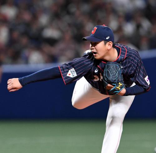 MLB対日本 日本4番手の山崎(撮影・前岡正明)