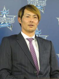 DeNA石川1000万減、来季は若手サポート役も - プロ野球 : 日刊スポーツ