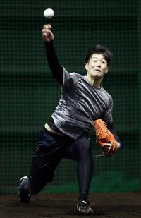 日本ハム吉田輝星23球「則本のよう」とOB建山氏 - プロ野球 : 日刊スポーツ