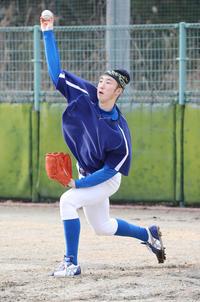 不屈の闘志でガン克服、七十七銀行・小笠原の再挑戦 - アマ野球 : 日刊スポーツ
