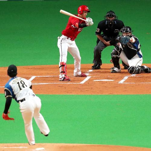 1回表広島1死満塁、西川を三振にとる日本ハム吉田輝(撮影・佐藤翔太)