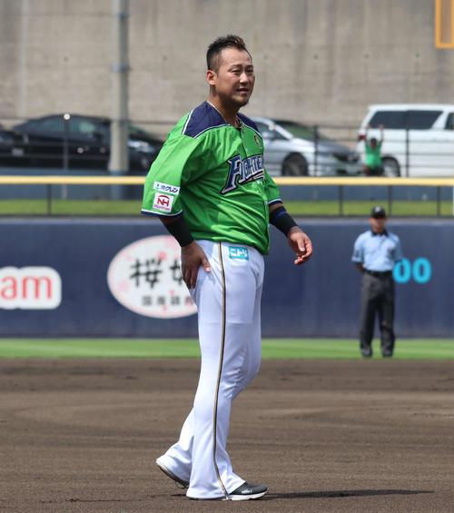 イースタン・リーグ 日本ハム対DeNA 4番一塁で先発し、2打数1安打とした日本ハム中田(撮影・山崎純一)