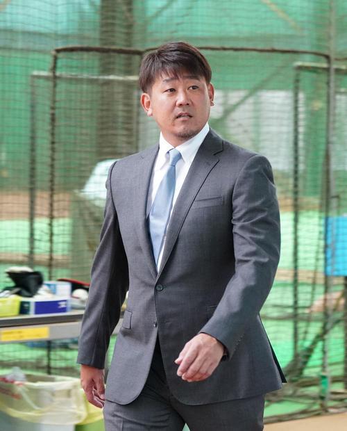 日刊スポーツ : nikkansports.co...
