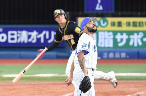 7回、北條に左越え3点本塁打を浴びるエスコバー(撮影・鈴木みどり)