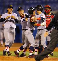 慶大サヨナラで8連勝V王手「ようやった」監督興奮 - アマ野球 : 日刊スポーツ