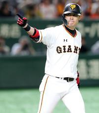 巨人亀井「勝つしかない」先頭弾から2打席連発は初 - プロ野球 : 日刊スポーツ