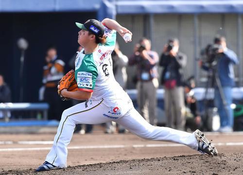 トライアウトで投球する若松駿太(撮影・上田博志)