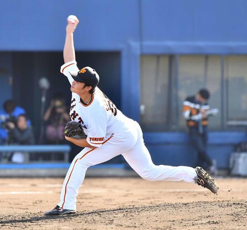 トライアウトで登板し打者3人を完璧に抑えた坂本工宜(撮影・上田博志)
