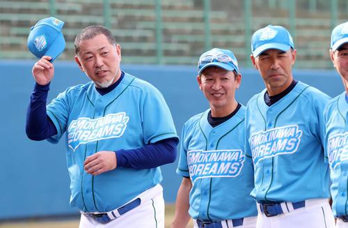 ドリームマッチに参加した清原氏(左)(撮影・鈴木正人)