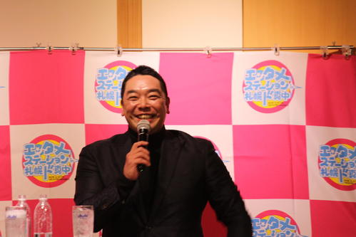 札幌市内でトークショーに出演する巨人阿部2軍監督