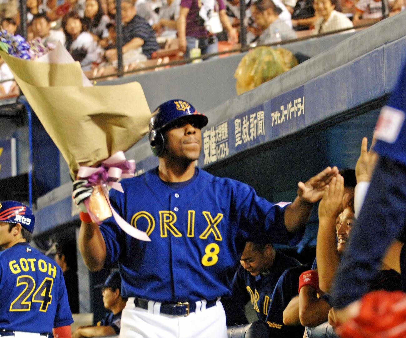 通算400号本塁打を放ったオリックス・タフィ・ローズ(2007年9月2日撮影)