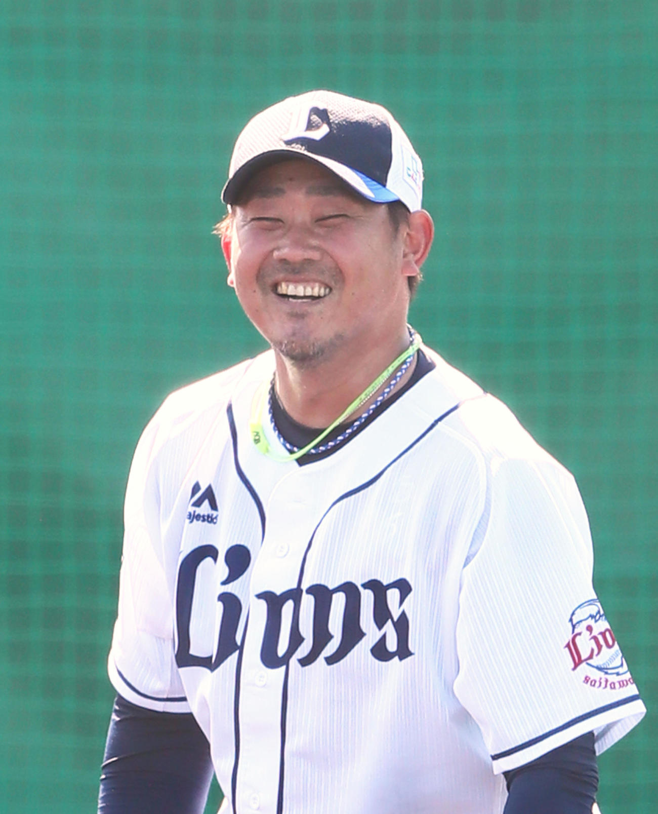 打撃投手を終えた西武松坂は笑顔でマウンドを降りる(撮影・足立雅史)