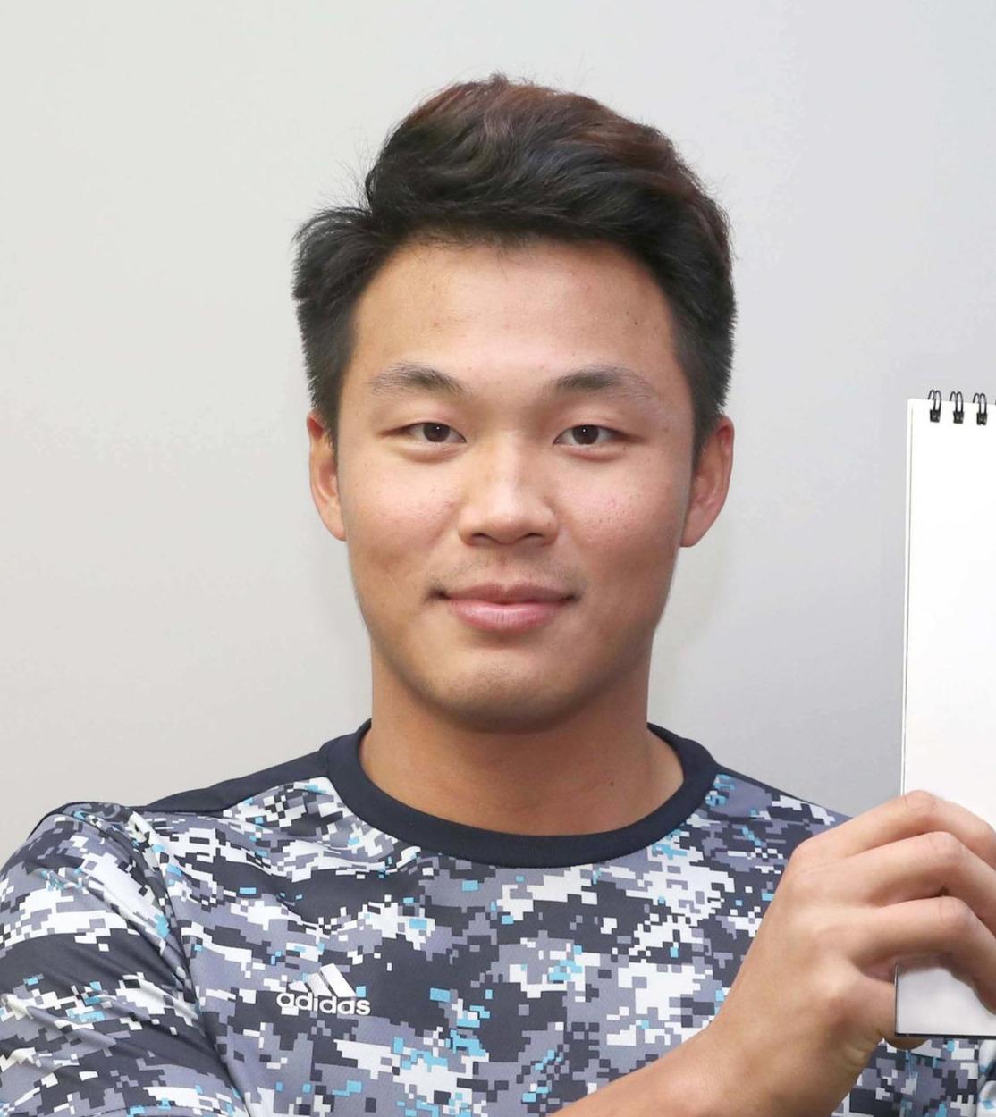 ファンに新背番号「3」での活躍を誓う日本ハム王柏融