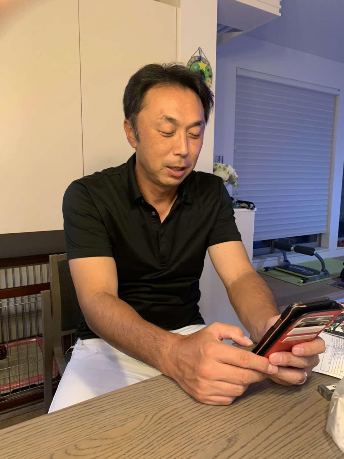 オンラインで上原氏、和田氏と順位予想トークを行った宮本氏