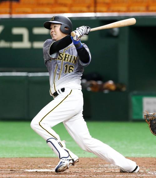 巨人対阪神 3回表阪神1死、西勇は左越え本塁打を放つ(撮影・加藤哉)