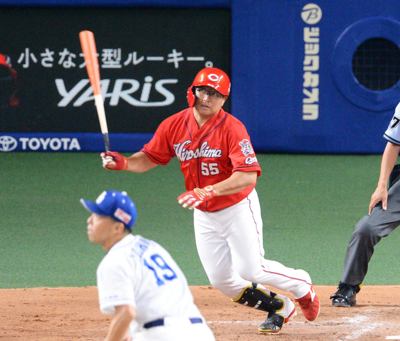 プロ野球中日対広島 4回表広島2死三塁、右前適時打を放った松山竜平(撮影・森本幸一)