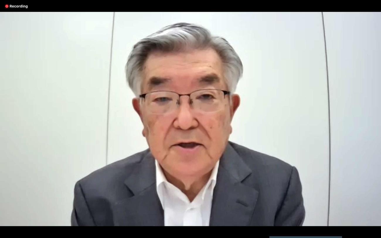 会議後のオンライン合同記者会見でコメントするNPB斉藤惇コミッショナー