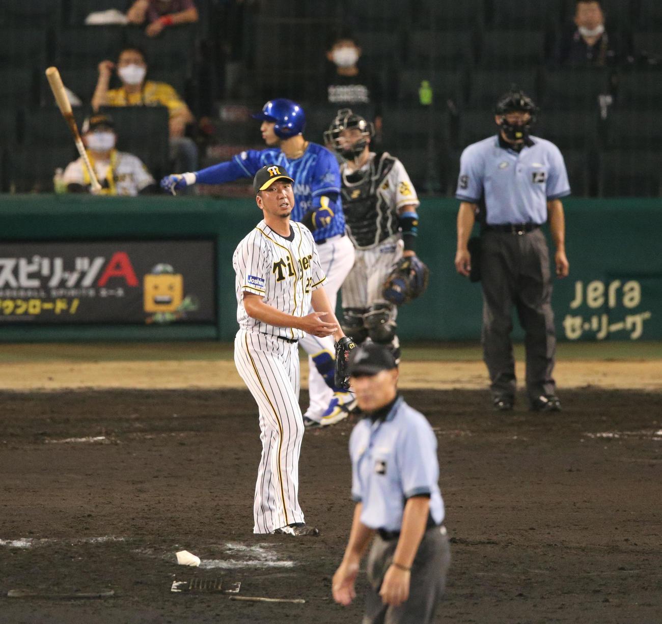 7月11日、9回表DeNA1死一塁でソトに勝ち越し2点本塁打を浴びる藤川