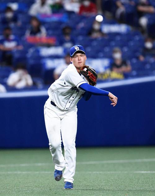 石川 たか や プロ注目の強打者、東邦・石川昂弥。「こだわりがない」投手でも覚醒...