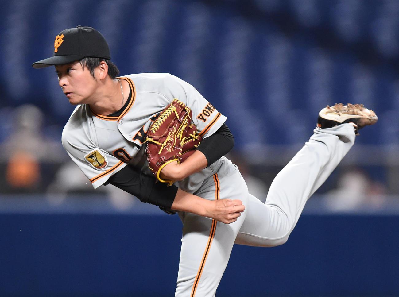 プロ野球中日対巨人 6回裏、巨人2番手で登板する沼田翔平(撮影・森本幸一)