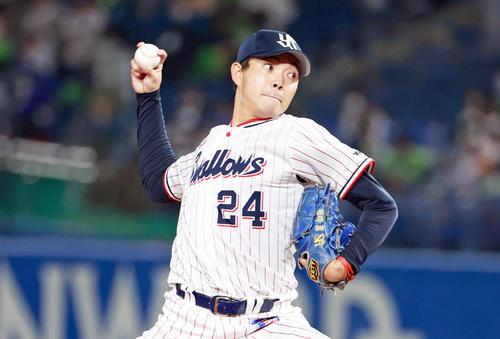 ヤクルト阪神タイガース8回に登板する別(撮影・清水貴仁)