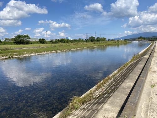 小学生時代の巨人戸郷翔征が釣りをした沖水川(地図2)(撮影・久永壮真)