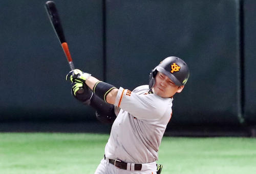 Softbank vs.  Giant 9th inning Giant 2 dies, Maru shoots a medium shot (photographed by Ya Kato)