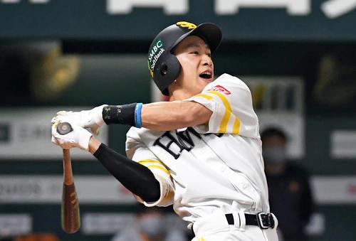 Softbank vs.  Giant 1st inning Softbank 2 died, Yanagida skips right (photographed by Kozo Imanami)