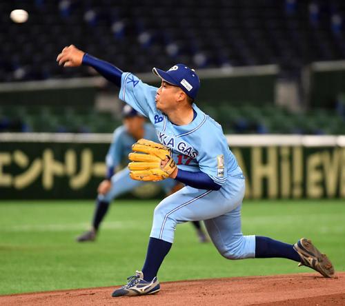 ホンダ対大阪ガス 先発した大阪ガス・阪本(撮影・柴田隆二)