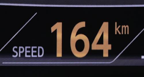 ソフトバンク対巨人 6回裏ソフトバンク2死、牧原を164キロの直球で空振り三振に仕留めたビエイラ(撮影・足立雅史)