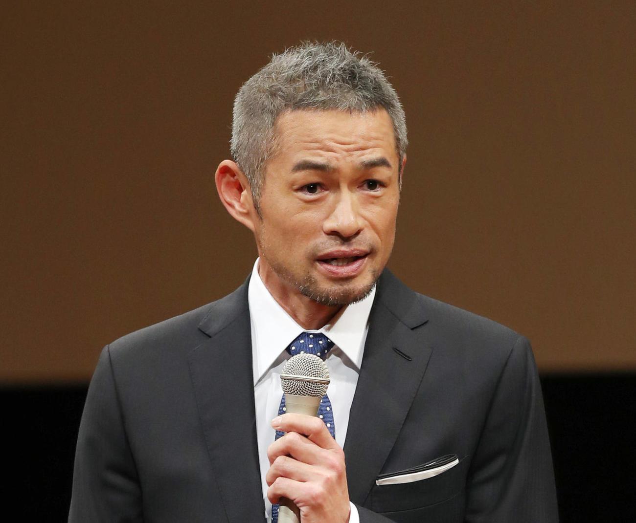 第73回新聞大会で講演するイチロー氏(撮影・前田充)