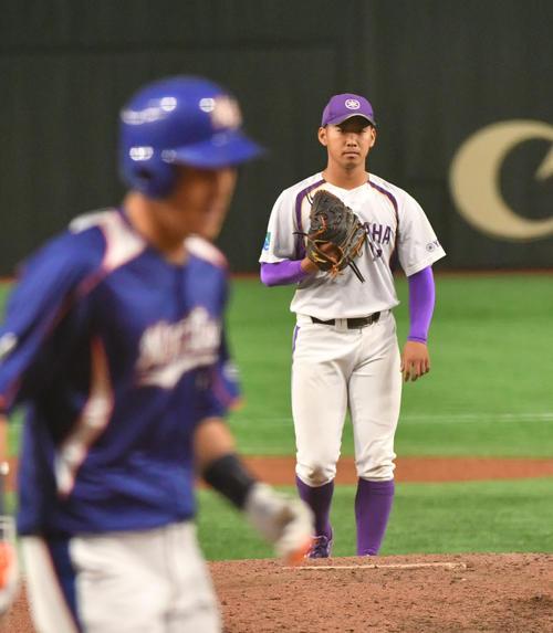 ヤマハ対NTT東日本 6回から登板したDeNA5位のヤマハ・池谷は向山に左越えに本塁打を浴びる(撮影・柴田隆二)