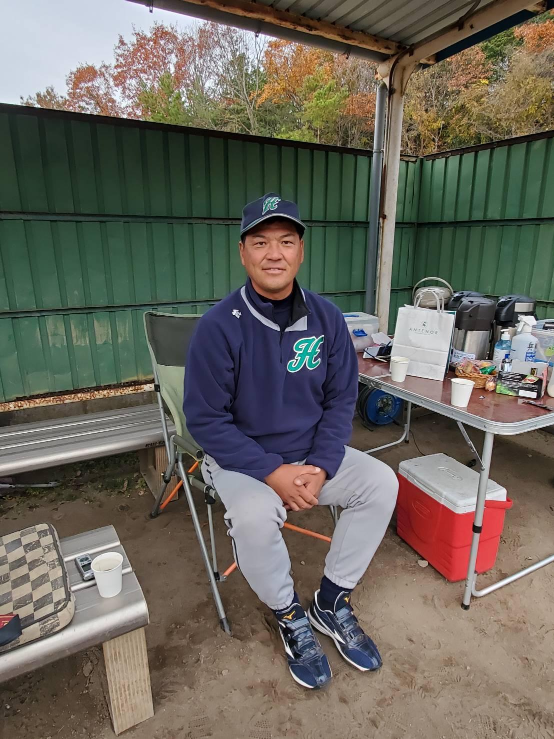 元巨人で兵庫ベリージュニアの監督を務める藤本貴久氏は兵庫北播リトルシニアでも指揮を執る