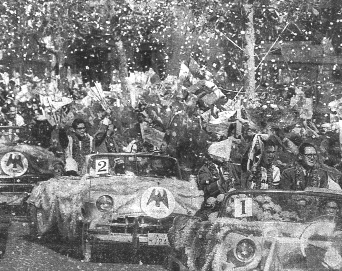59年10月31日、日本一になり大阪御堂筋をパレードする南海ナイン