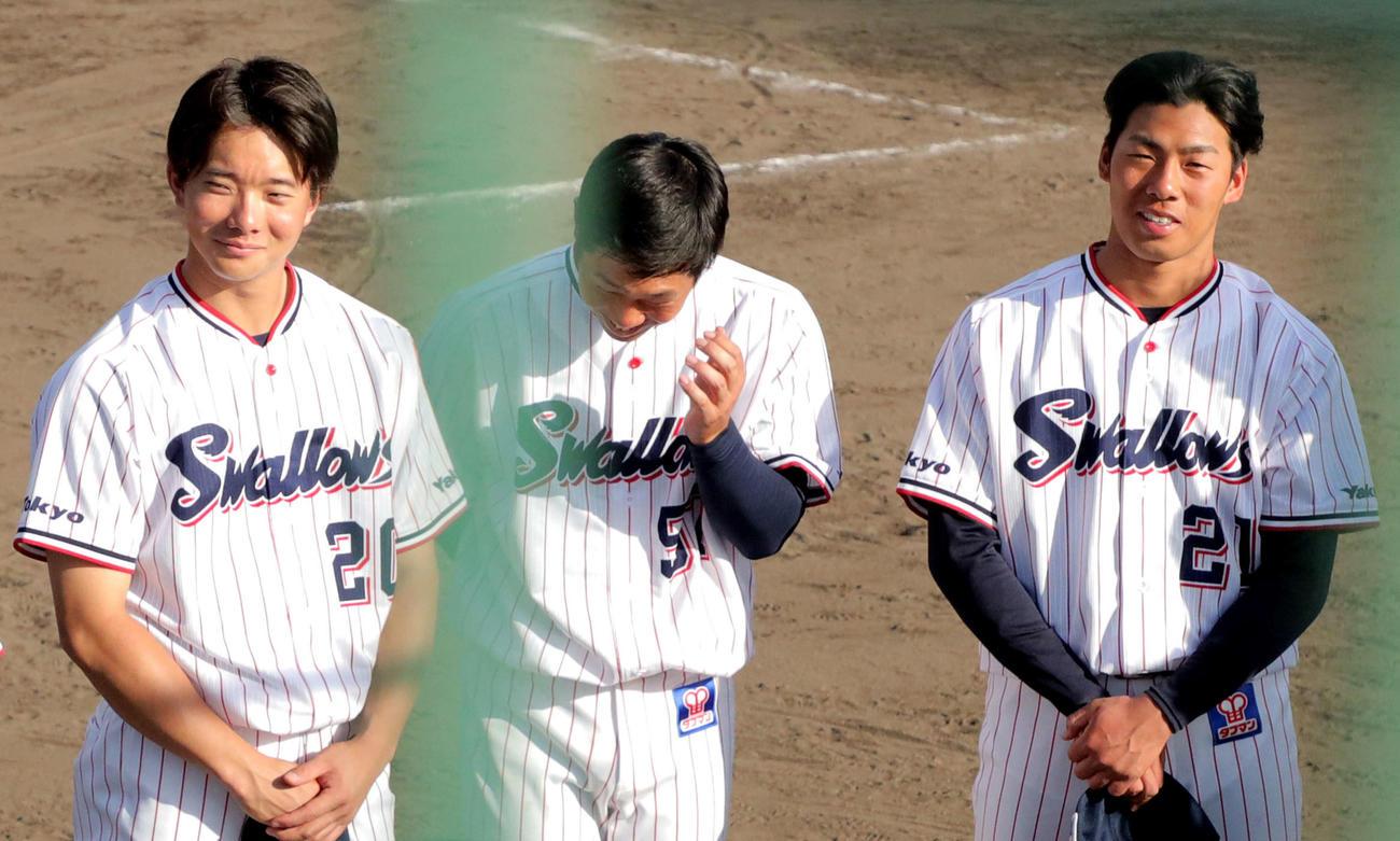 試合後ミーティングで笑顔を見せる、左から木沢、古賀、山野(撮影・河田真司)