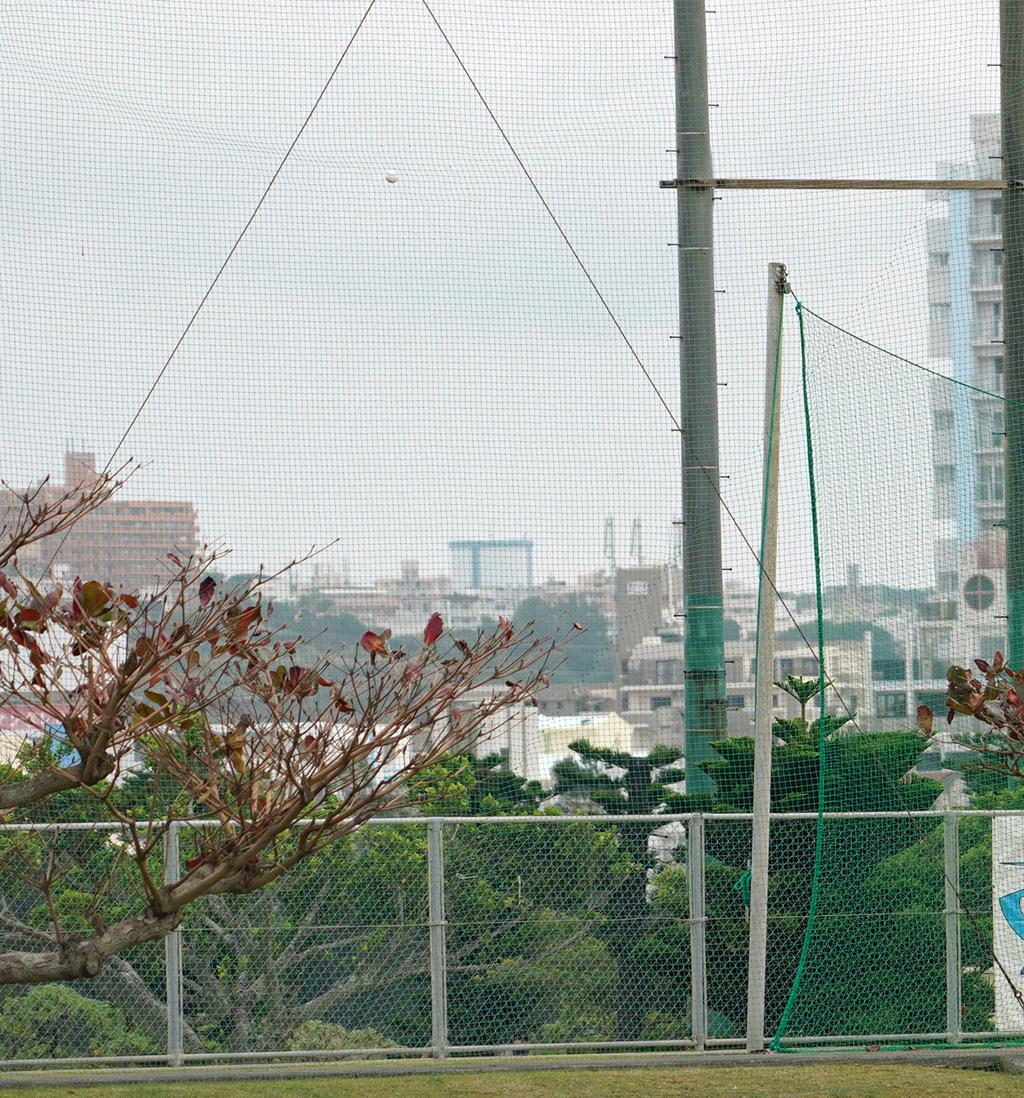 6回表阪神2死一、三塁、小野寺の本塁打は防球フェンスに当たる(撮影・清水貴仁)