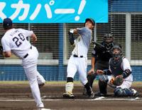 阪神佐藤輝明規格外パワー、平凡?飛球が頭上越えた - プロ野球 : 日刊スポーツ