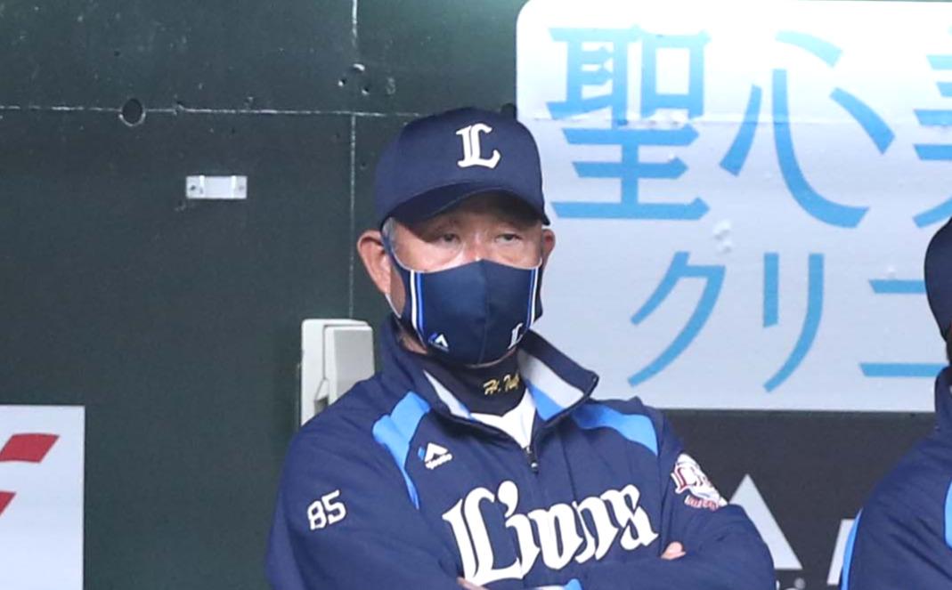 西武辻発彦監督(2021年4月13日撮影)