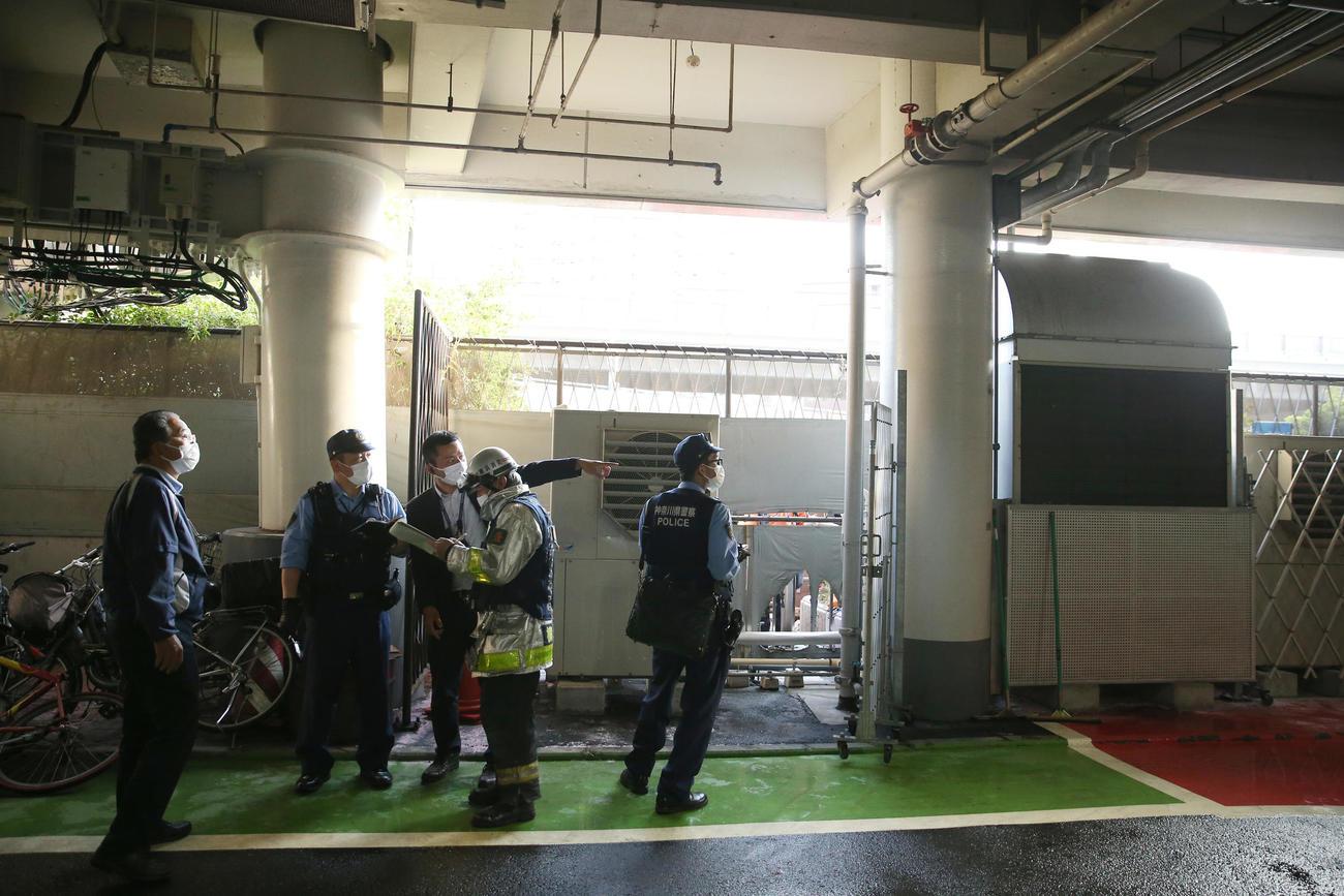 DeNA対阪神 9回開始前、ぼやが発生した現場付近(撮影・前田充)