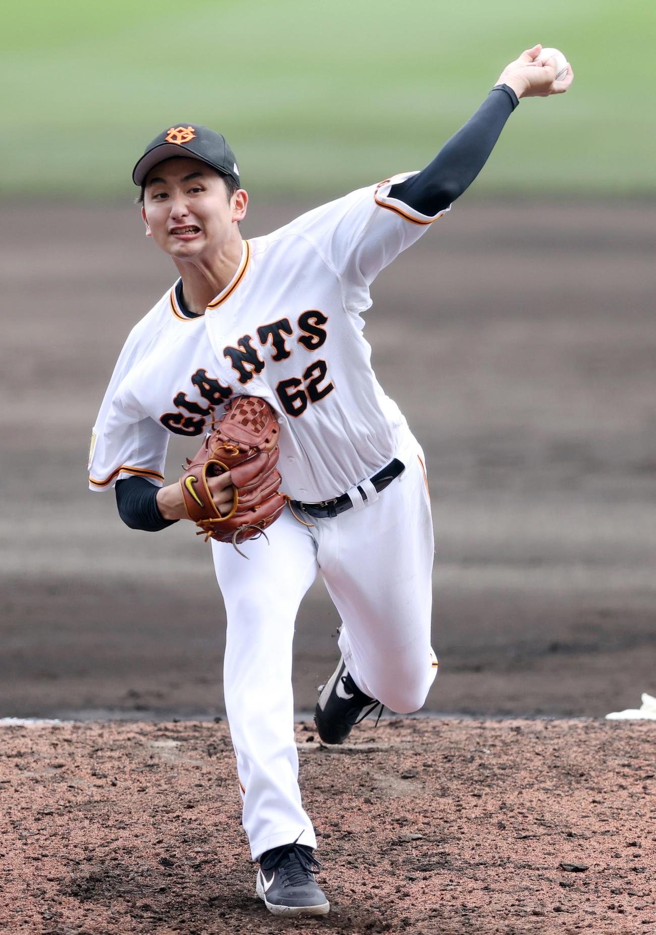 巨人横川凱(2021年2月27日撮影)