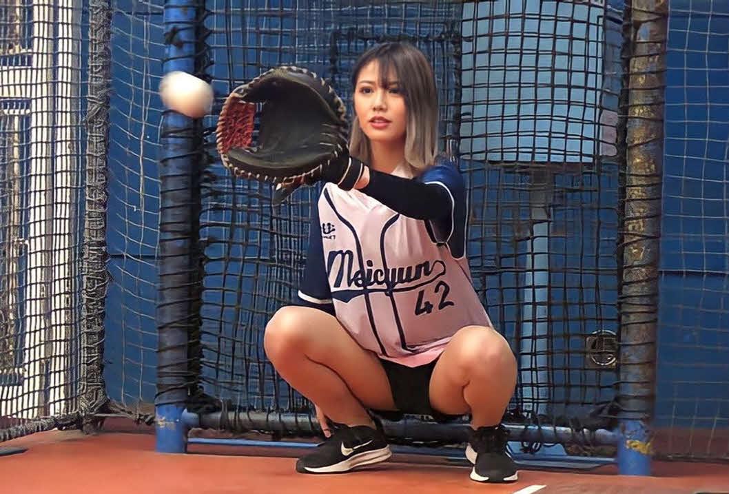 人気Youtuber「めいちゅん」が11日のロッテ-巨人の始球式に登場する(球団提供)