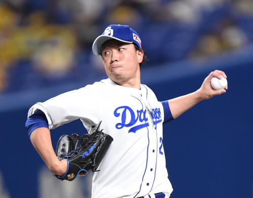 中日対阪神 1回表、登板する中日先発の大野雄(撮影・森本幸一)