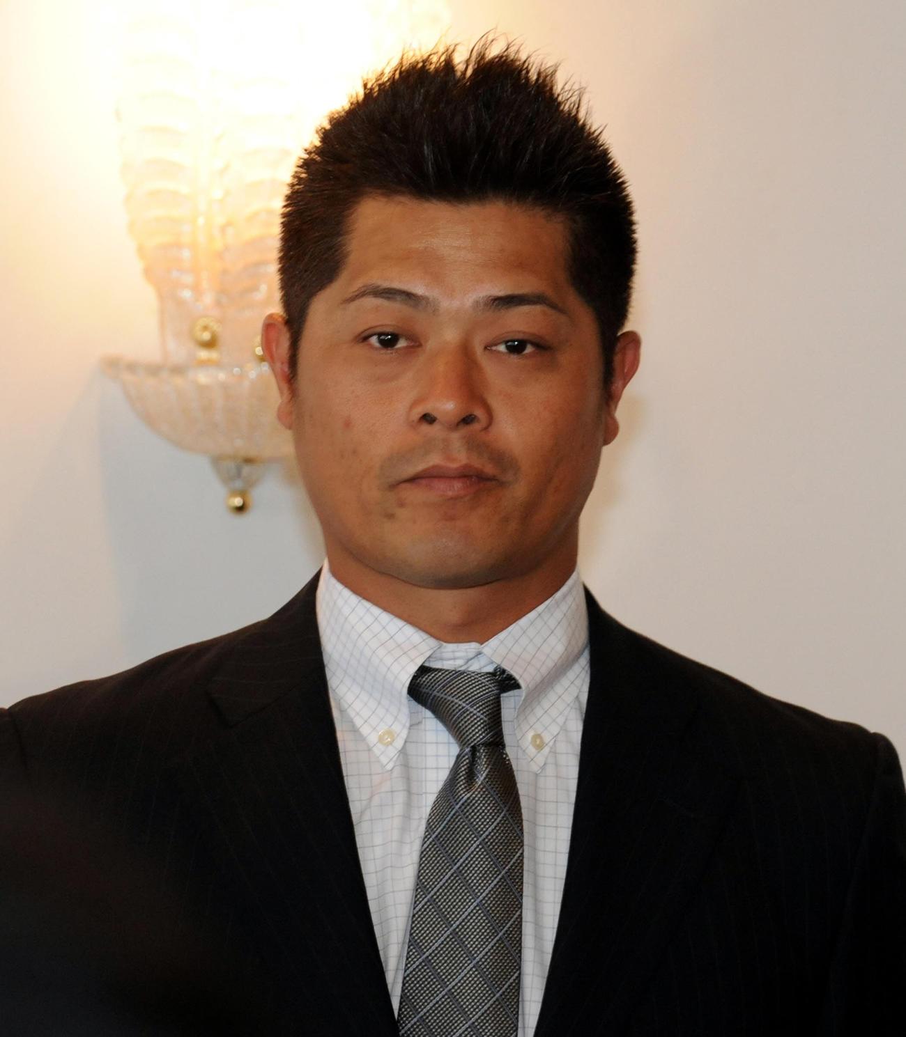 熊本火の国サラマンダーズの細川亨監督=2010年11月
