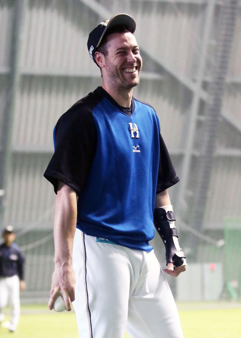 日本ハム・ハーミッダ合流「アイル・ビー・バック」 - 野球 : 日刊スポーツ